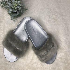 16d6e586077 Bebe Women s Furiosa Slide Sandal
